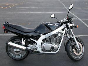 """La """"moto escuela"""" predilecta y más común"""