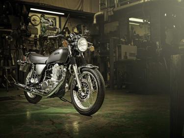 Yamaha SR 400 nueva 2014