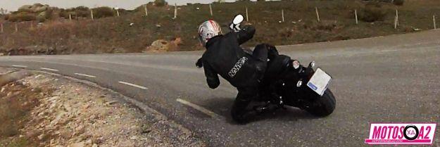 Circulando XSR700 knee down
