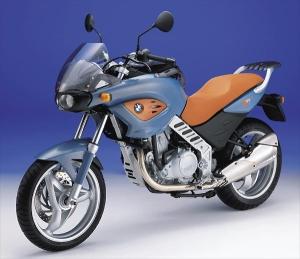 bmw-f-650-cs-scarbeo