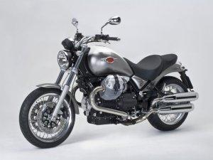 moto-guzzi-bellaguio-940